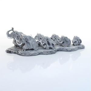Семь мамонтов на малой подставке
